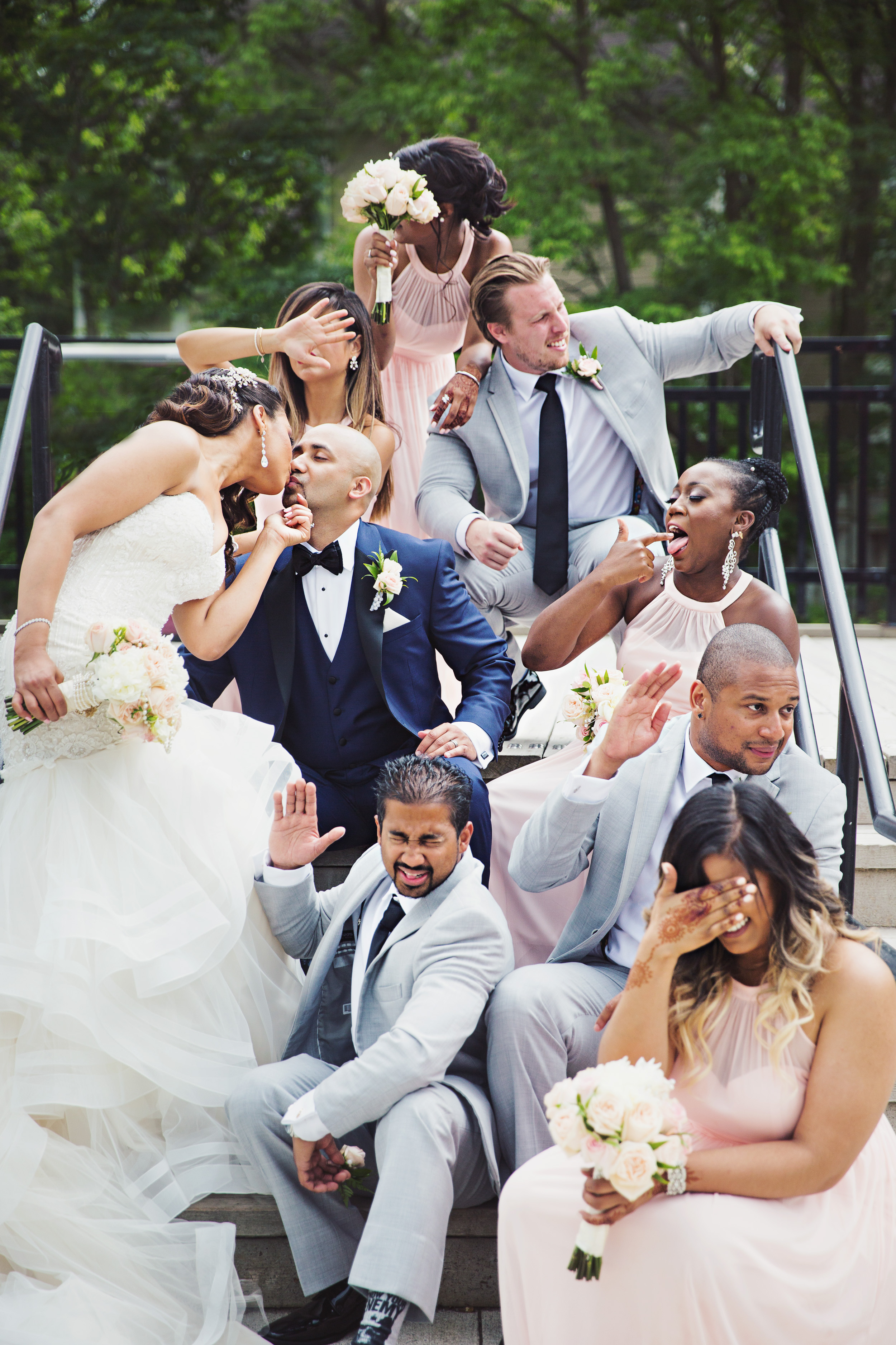 Seriously – our favourite type of wedding party photo. The REAL kind!