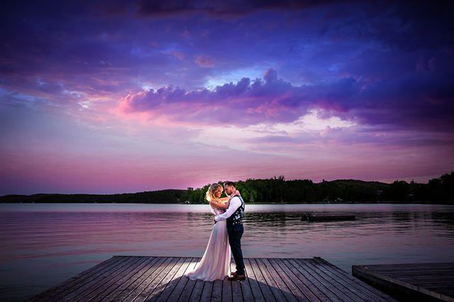 We're back from a weekend full of weddings that has left us breathless in the best way possible! We don't even have words for how wonderful and perfect – quite literally everything and everyone – was! We're plugging away at teaser galleries right now, and had to share this little number from Devon & Steve's wedding in Muskoka on Saturday at Hidden Valley Resort. Keep an eye out for tonnnnnnnes of pics in your newsfeed this week! xo S&C  #HappilyAyerAfter