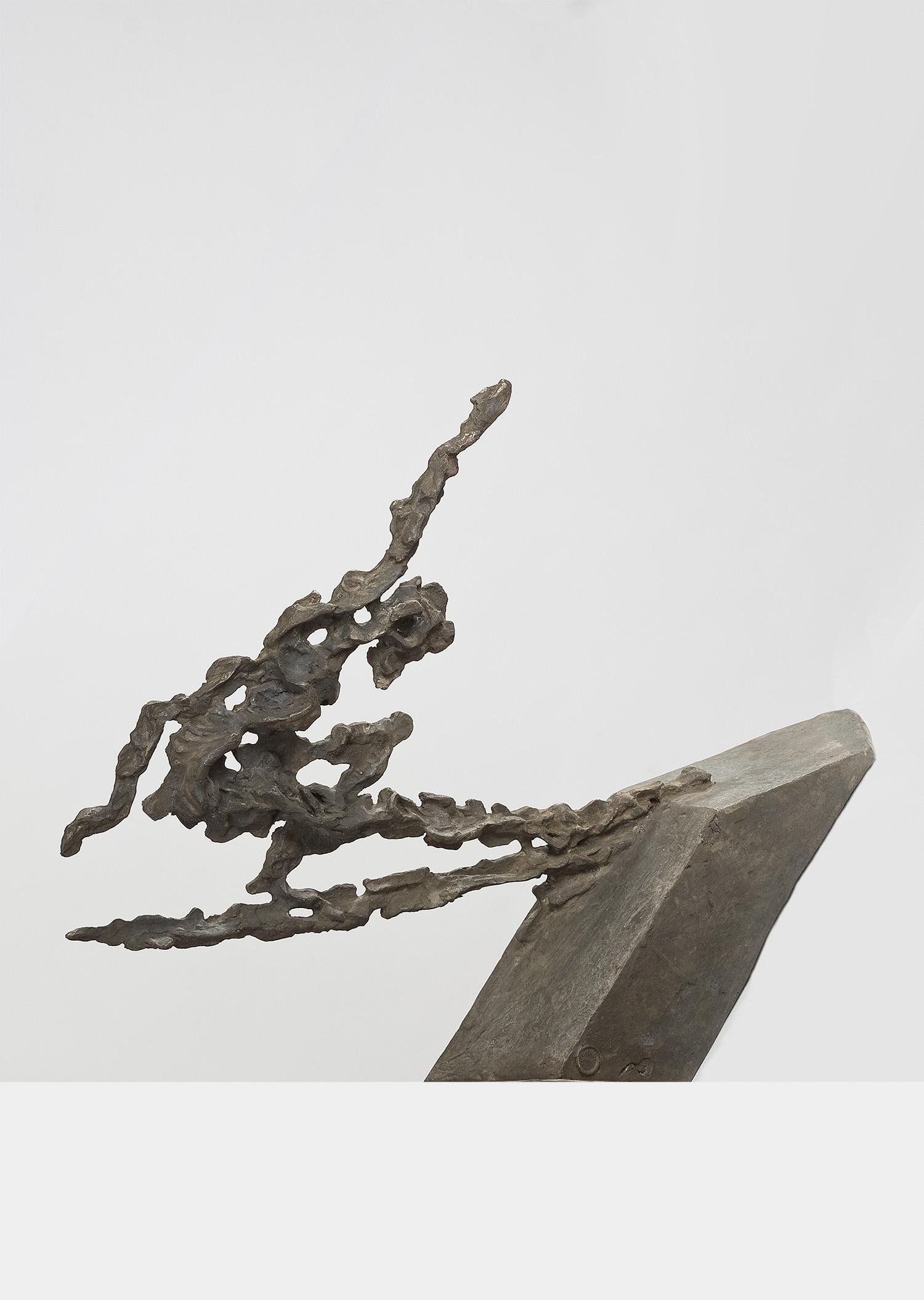 Der Seiltänzer (über dem Abgrund) | 1993 | Bronzeplastik | 43 x 61 x 18 cm
