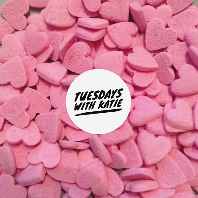 💗 TUESDAYS WITH KATIE 💗 🙋🏼Choose any 2 of these treatments and get your second treatment 1/2 price ✨Shellac Nails ✨Shellac Toes ✨Spa Pedicure ✨Spa Pedicure with Shellac 🦄 Our gal has a few available appointments THIS Tuesday  BOOK NOW 🔜 👉🏽 http://bonniequines.com/book-online ☎ 01506858896 📲 Private Mail via Facebook  To book an Appointment x
