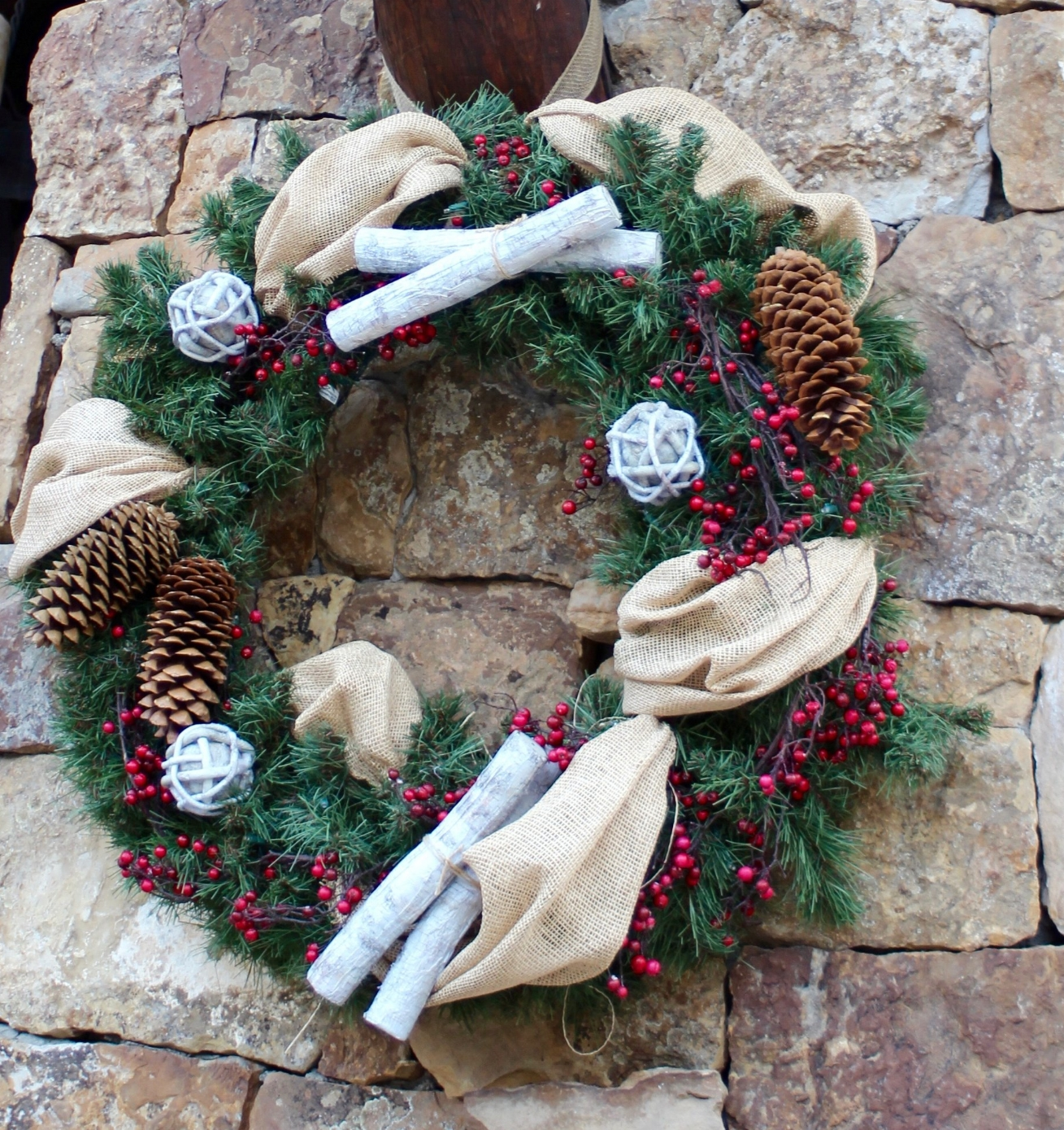Give your holidays some PoP!Thanksgiving, Christmas, Hanukkah, Easter and summer vacation - we can provide everything from table arrangements, centerpieces and swags to garlands, wreaths, and fully decorated trees. -