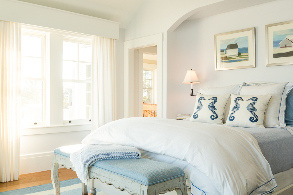 Arched Bedroom Nook