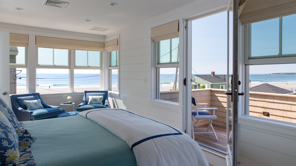 Hurlbutt-Scarborough-Higgins-Beach_Bedroom-2_5.18.jpg