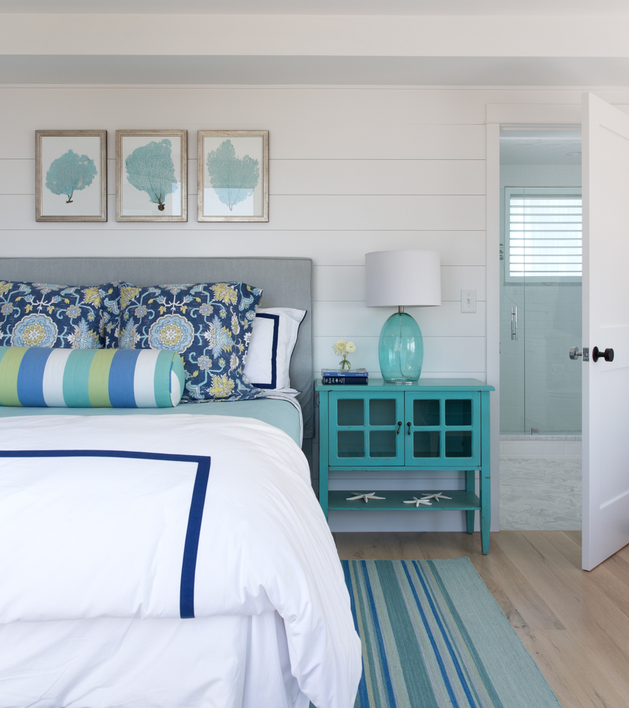 Hurlbutt-Scarborough-Higgins-Beach_Bedroom-3_5.18.jpg