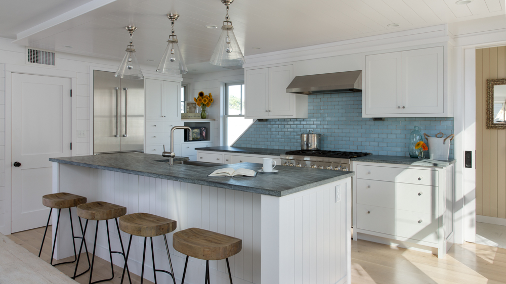 Hurlbutt-Scarborough-Higgins-Beach_Kitchen-2_5.18.jpg