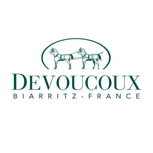 Devoucoux Sellier - Devoucoux is wholeheartedly dedicated to the partnership between horse and rider, and has been working to promote it since 1985. Our saddles and accessories require the expertise of six different trades (master crafts) within the saddlery profession, all of them central to our workshops in the Pays Basque. Cutting, preparing, assembling, putting together, machine stitching and hand stitching result in a harmonious balance – a constantly evolving savoir-faire that gives our models elegance, expertise and comfort. Innovative by nature, we have no qualms about pairing up the latest technology with craftsmanship. Whether for D3D panels or vegetal leather, we are constantly investing so that our leading world products remain so and our novelties become so. This is our way of making passion last.