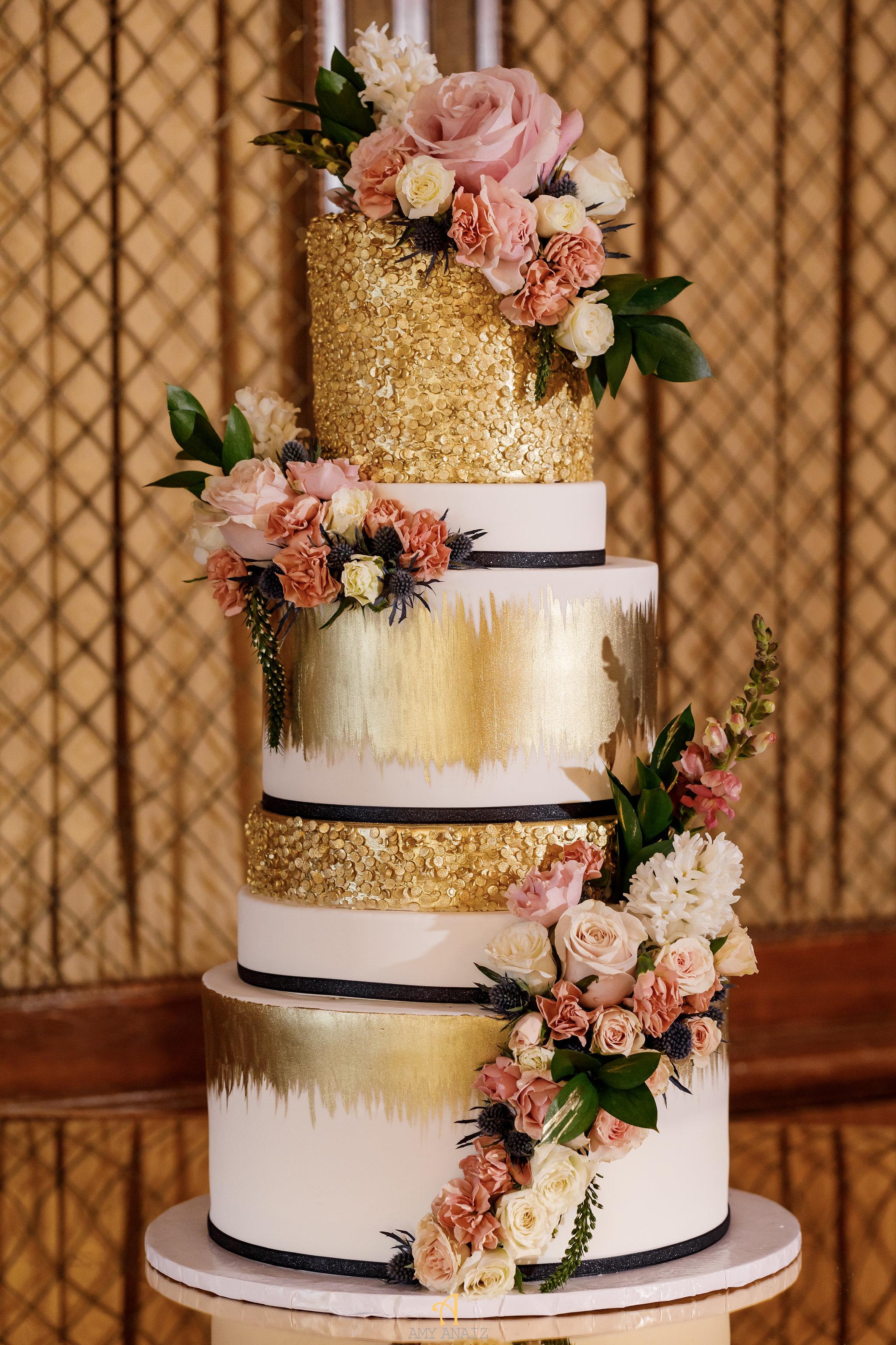 NYIT de Serversky Mansion, Long Island Wedding, Wedding Cake.JPG