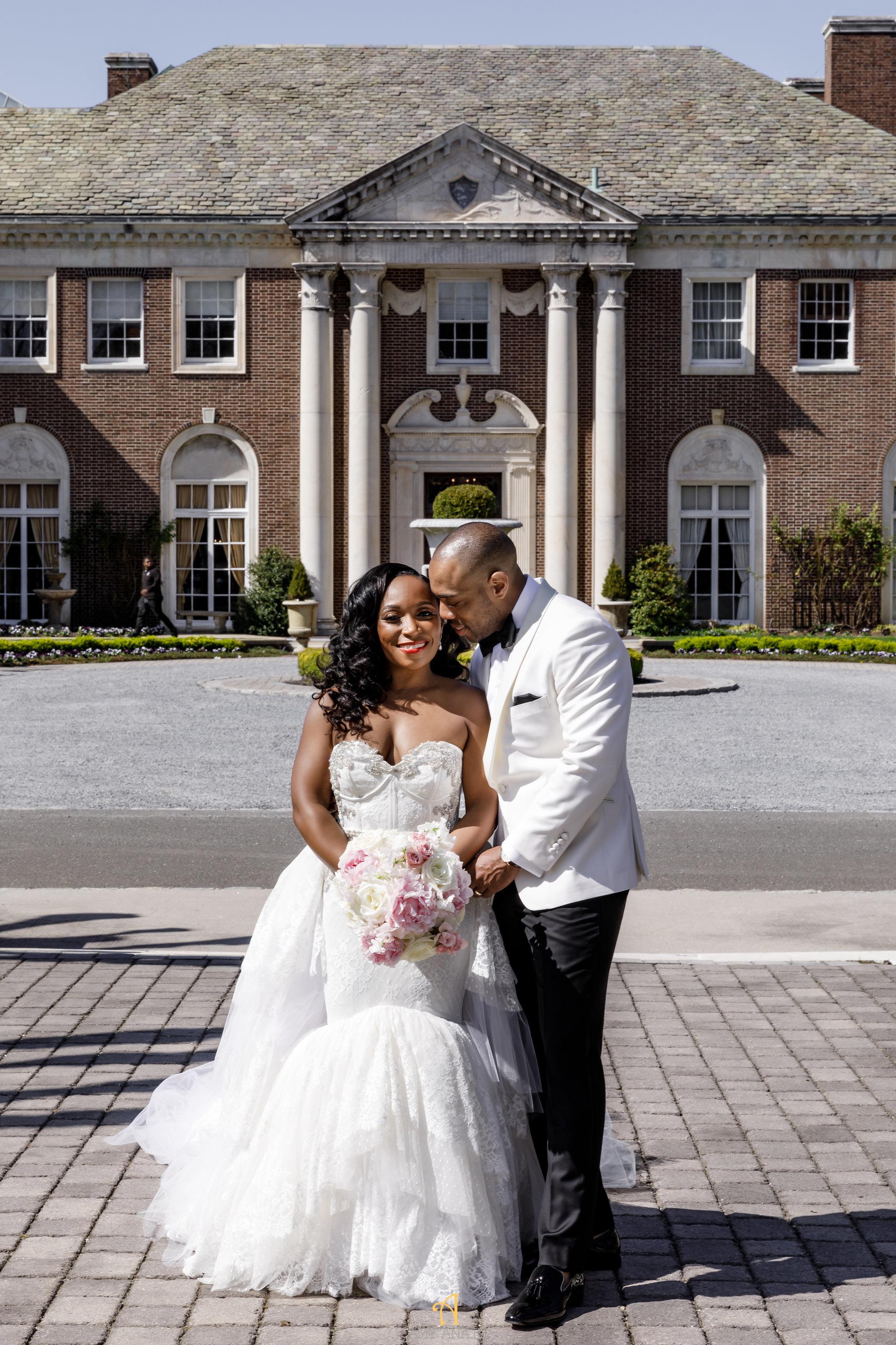 NYIT de Serversky Mansion, First Look, Wedding Portraits.JPG