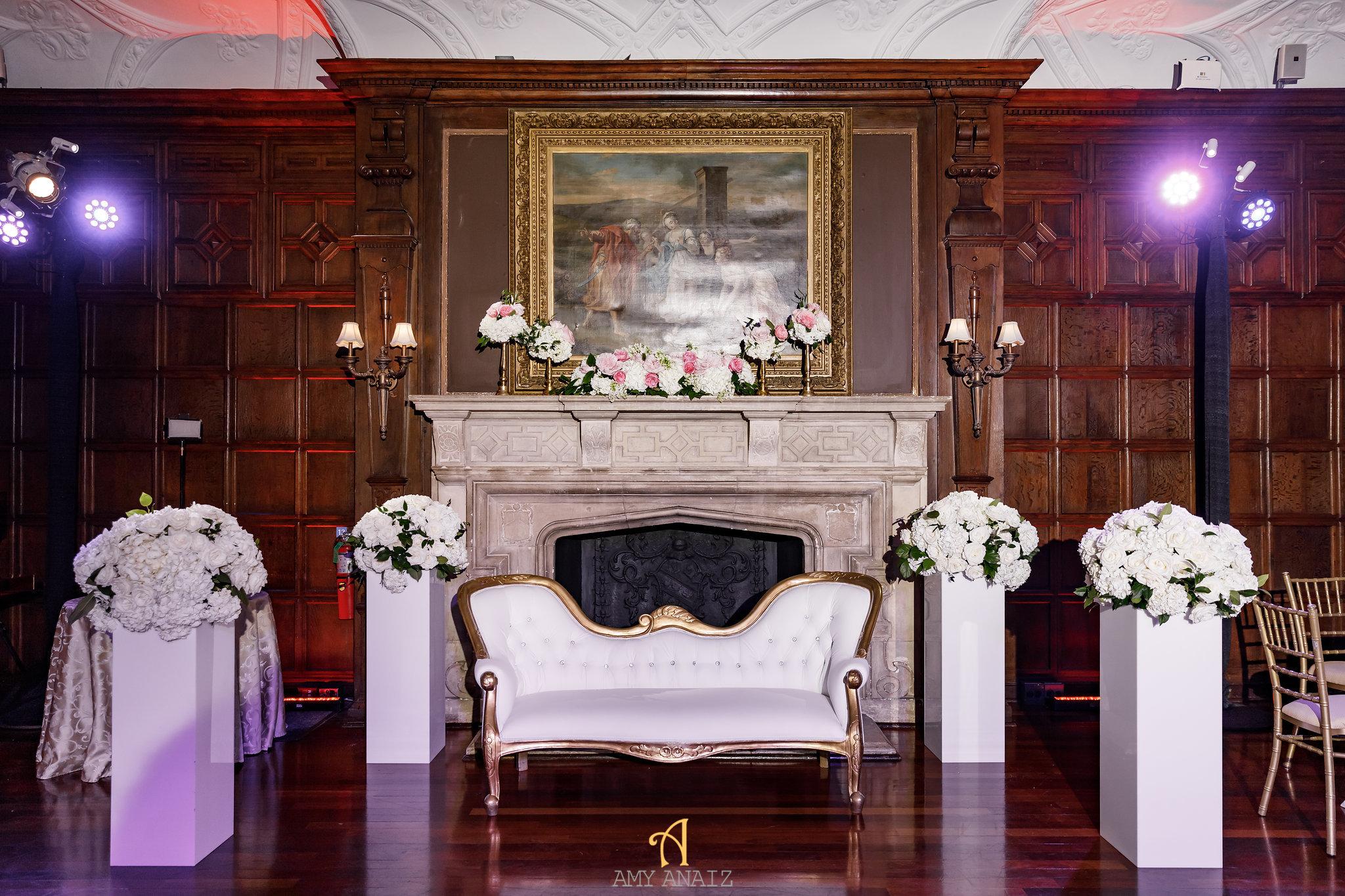 NYIT de Serversky Mansion, Long Island Wedding, Sweetheart Table, White Wedding Flowers.JPG