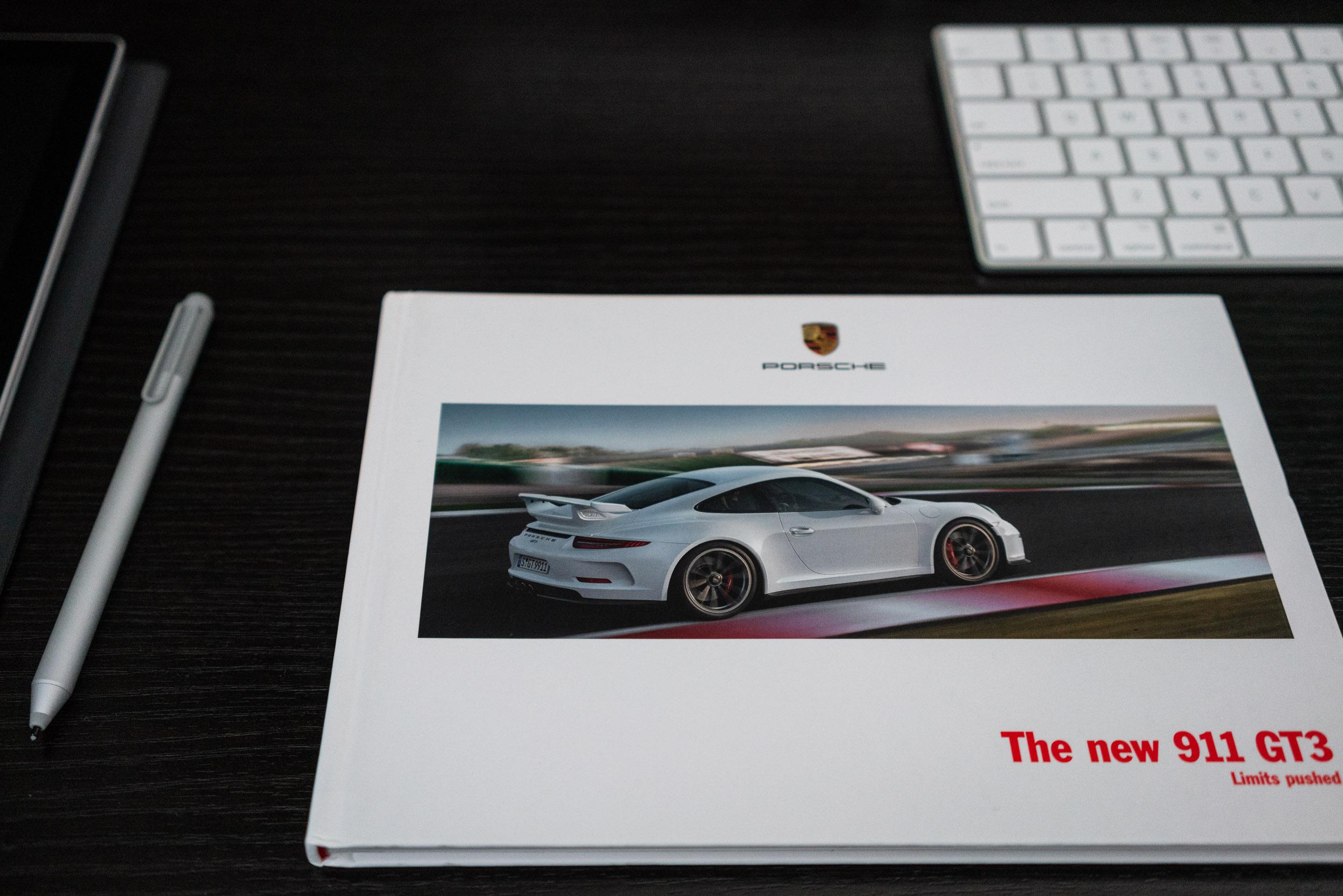991-gt3-brochure.jpg
