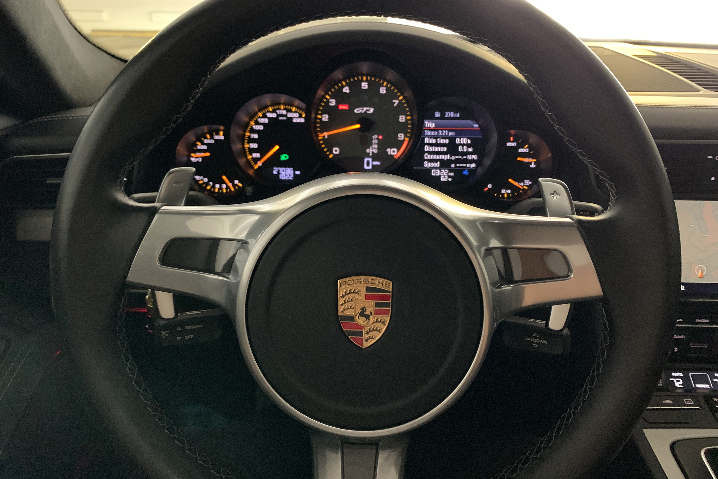 porsche-991-gt3-interior-steering-wheel.jpeg