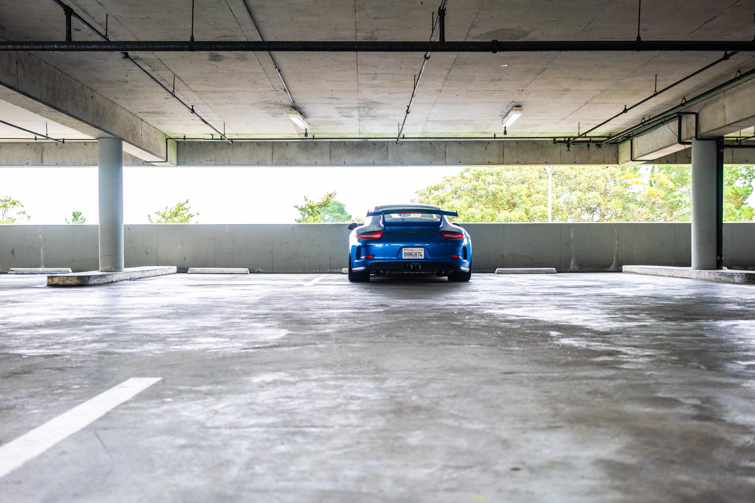 porsche-991-gt3-aaa-parking-lot.jpg