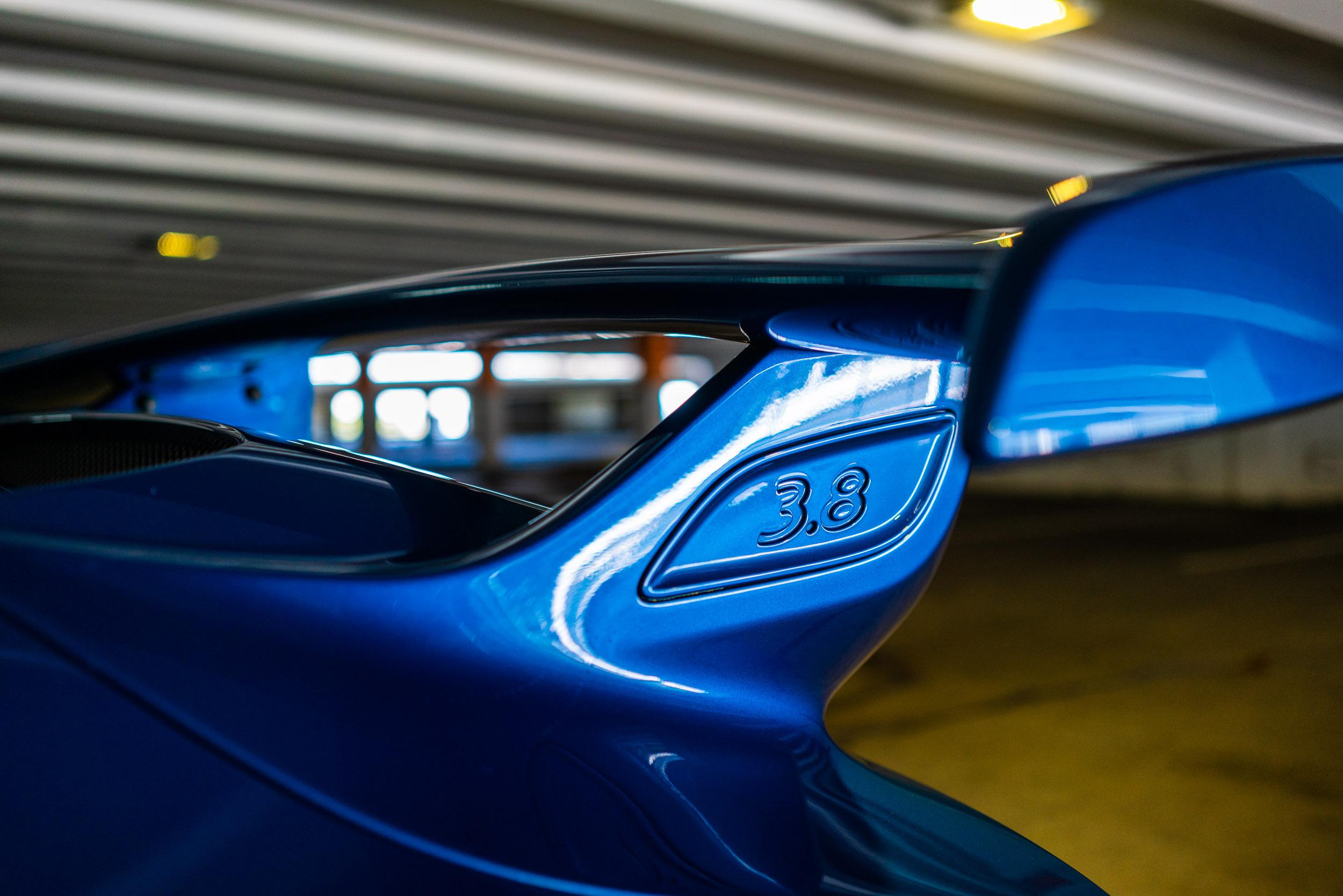 porsche-911-gt3-991-rear-wing.jpg