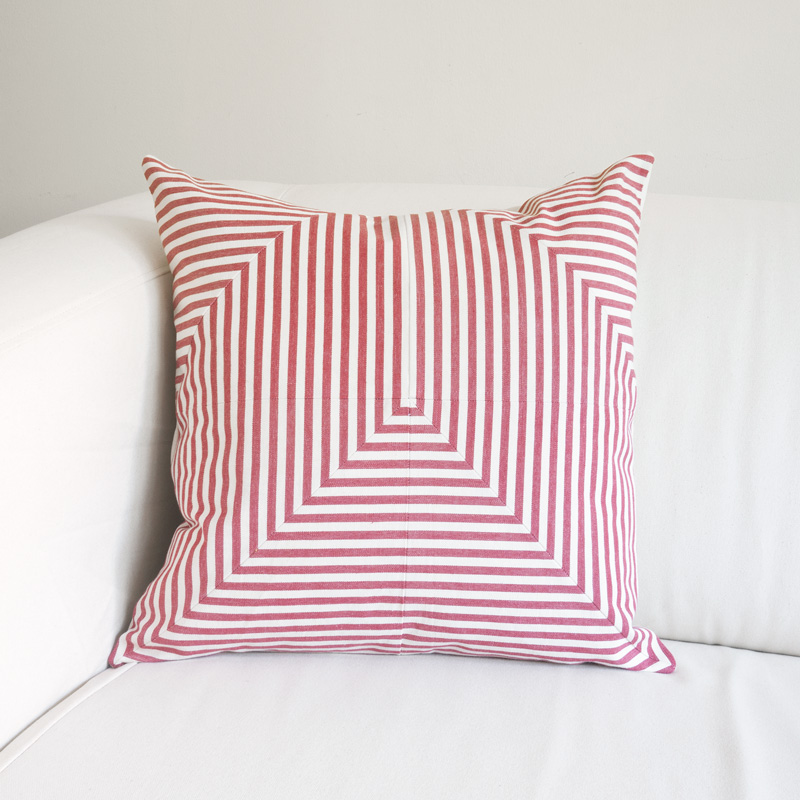 lineage_pillow_arrow_red_c.jpg