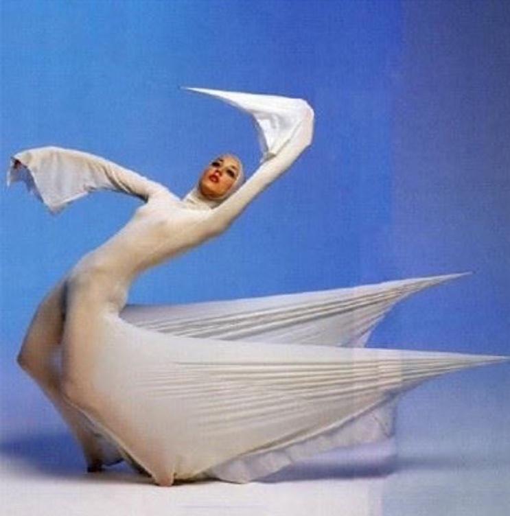 "Ballet costume design by Rudi Gernreich for Bella Lewitsky ballet & photo by Dan Esgro  #rudigernreich  #1976 "" #repost  @tillyhazenberg"