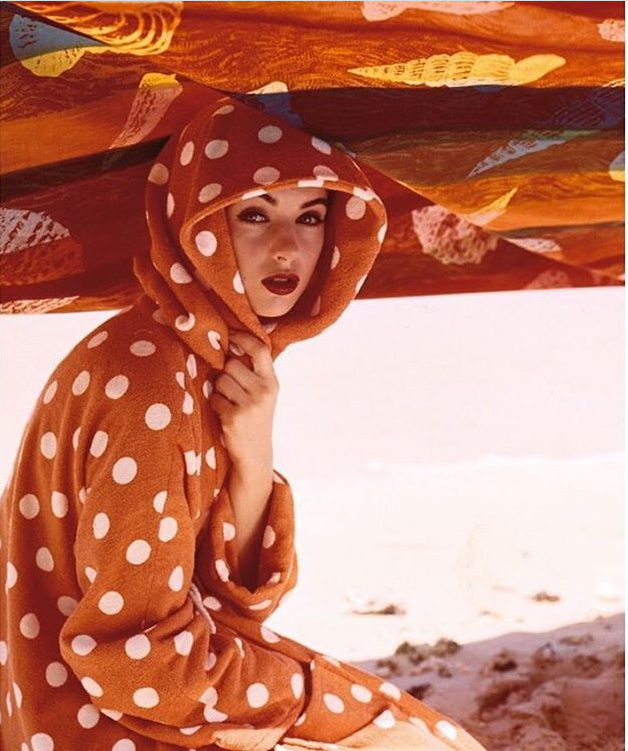 """Beauty and the Sun"" Photo by Norman Parkinson for the front cover of Vogue UK, 1957. @norman _ parkinson_archive @vintage_vogue"