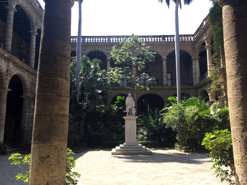 Figure         SEQ Figure \* ARABIC       2          .   Palacio de los Capitanes Generales.  (Photo by Author, 2017)