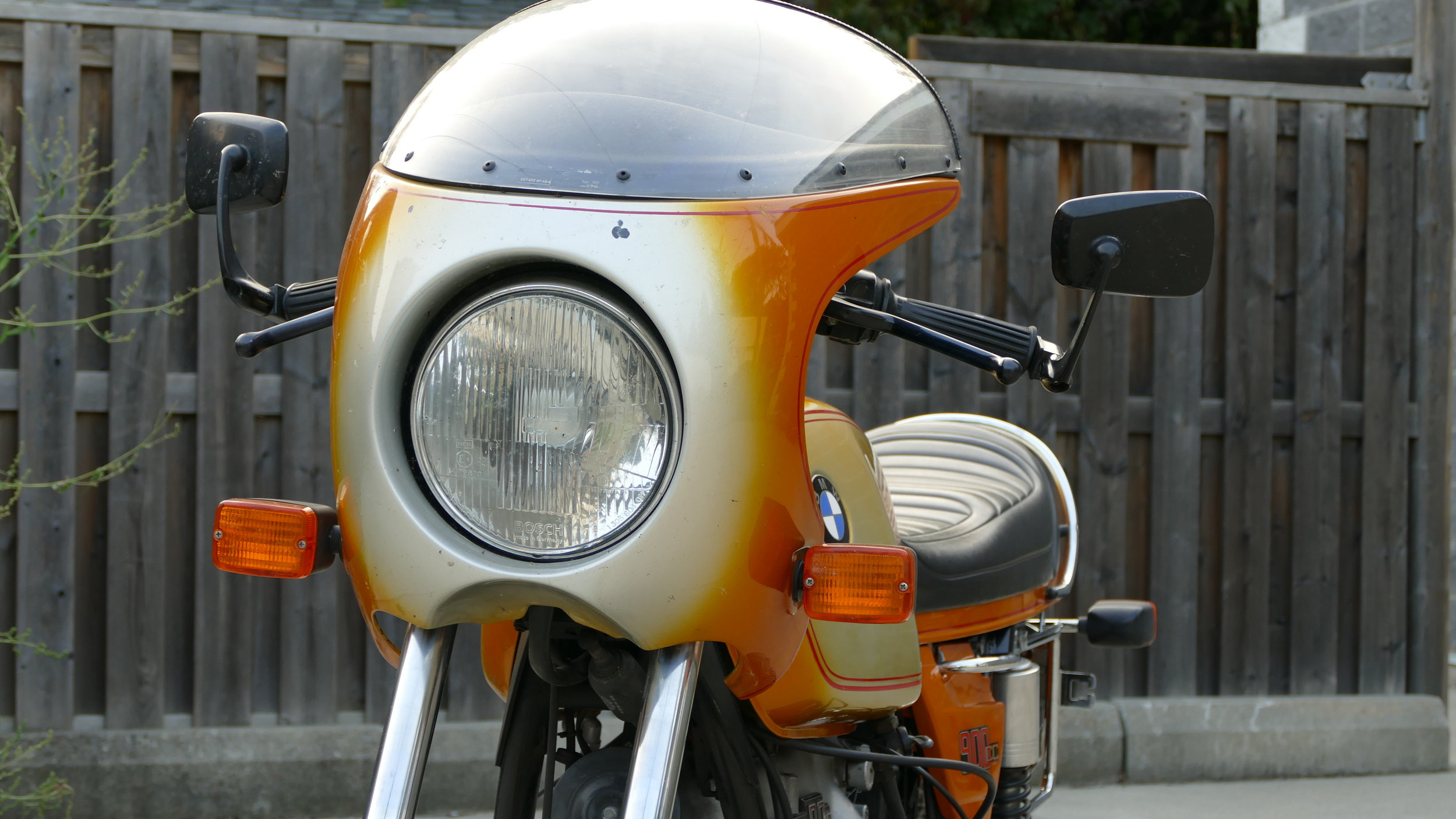 BMW R90S - Three Available