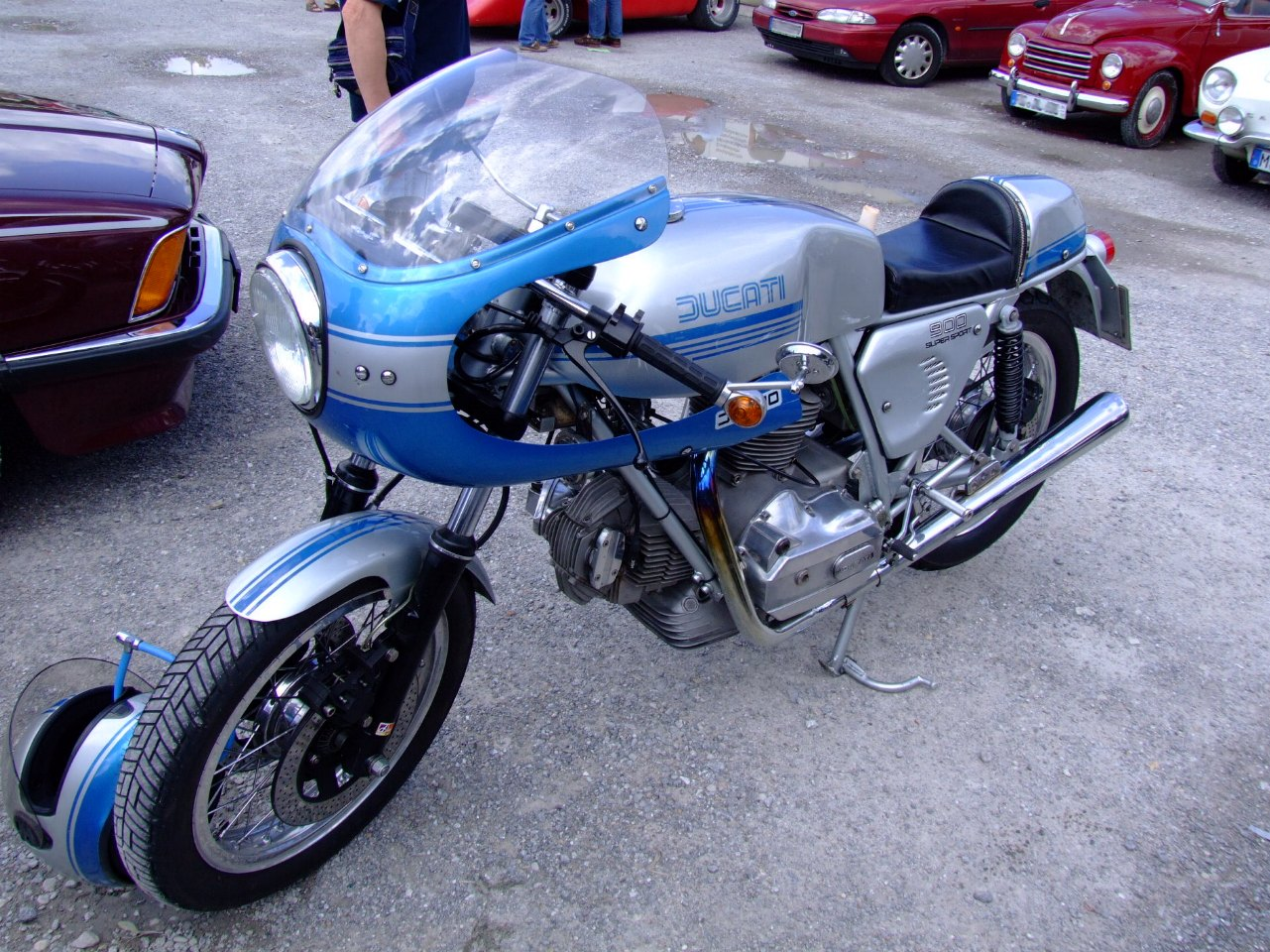 Ducati_900SuperSport.JPG