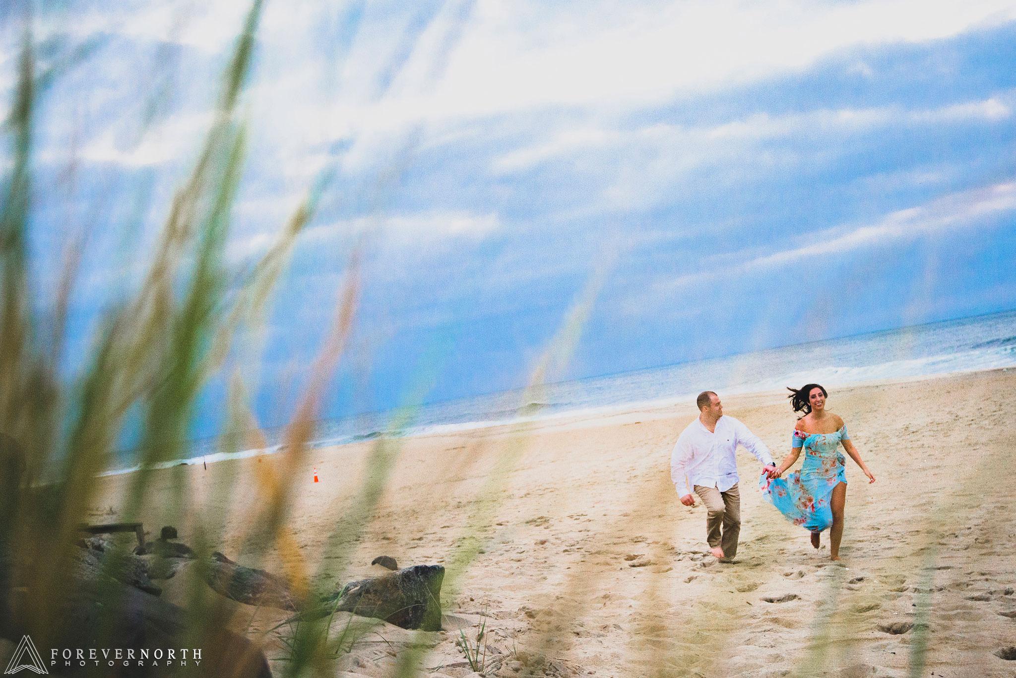 Martin-Manasquan-Beach-Engagement-Photos-05.jpg