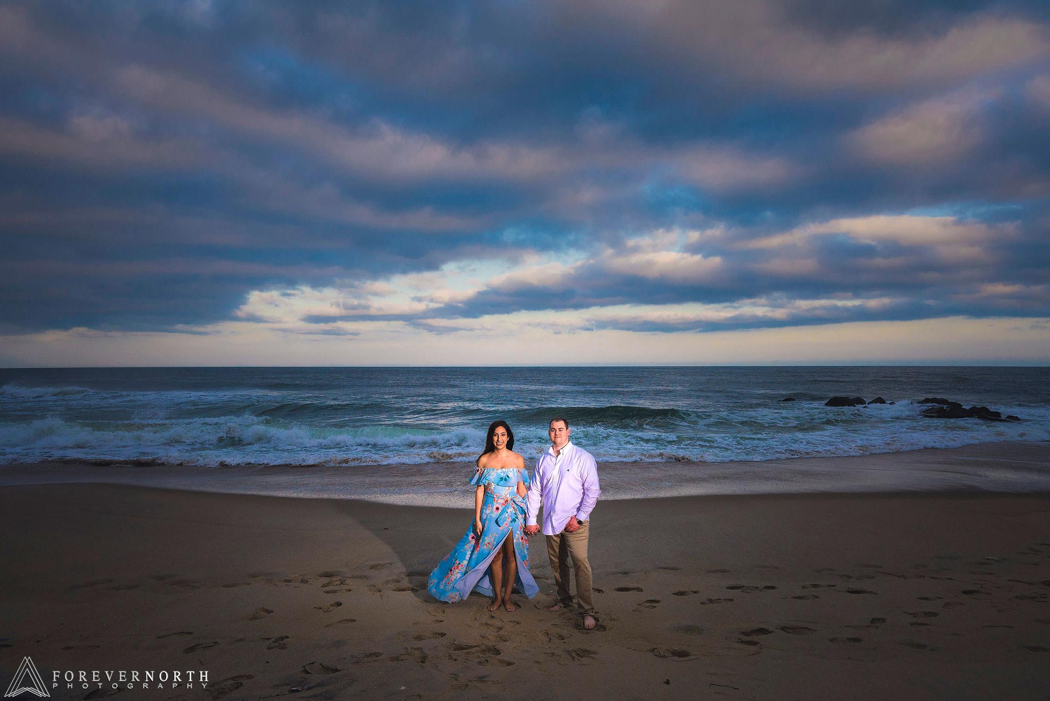 Martin-Manasquan-Beach-Engagement-Photos-09.jpg
