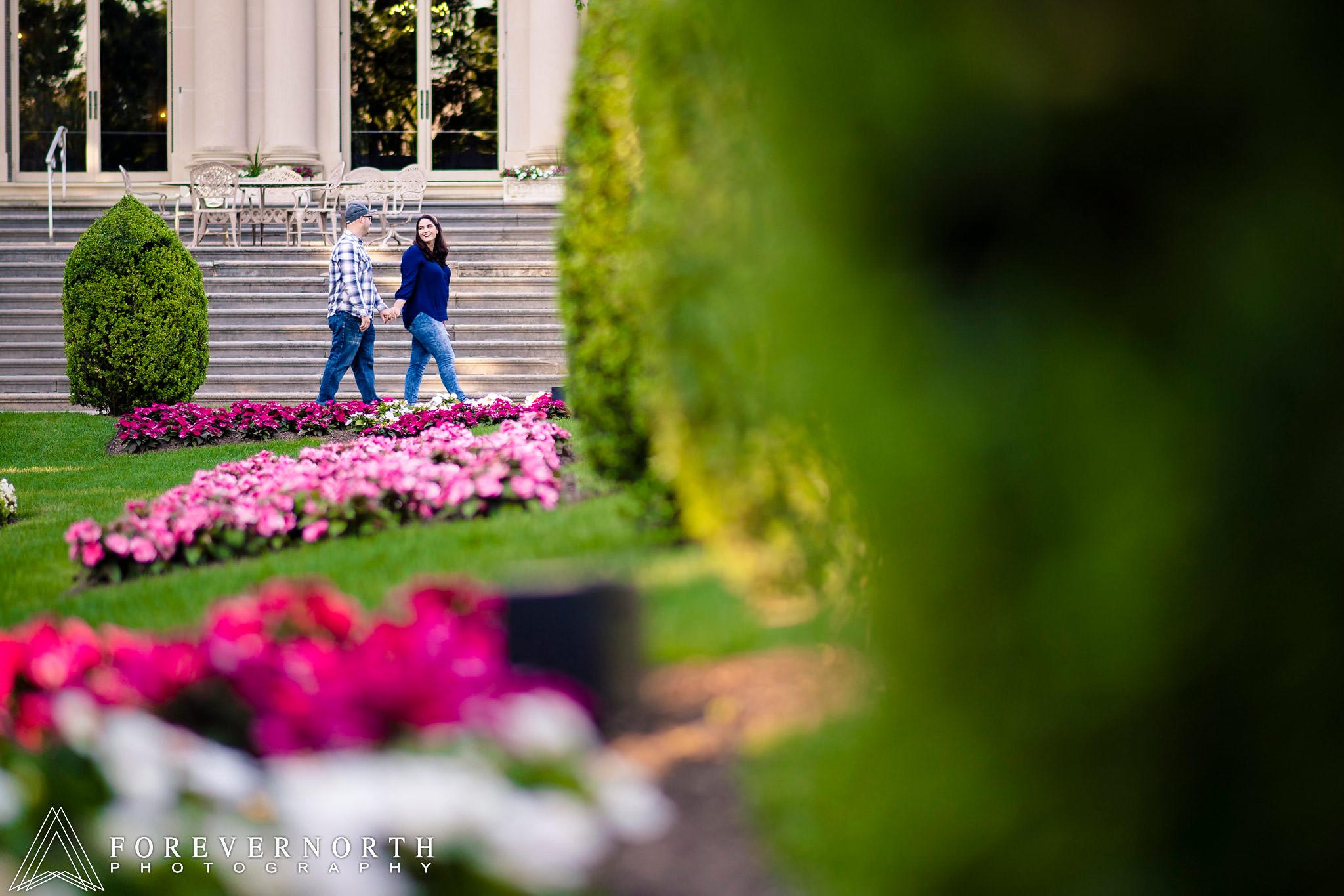 Brown-Monmouth-Gardens-Engagement-Photos04.JPG