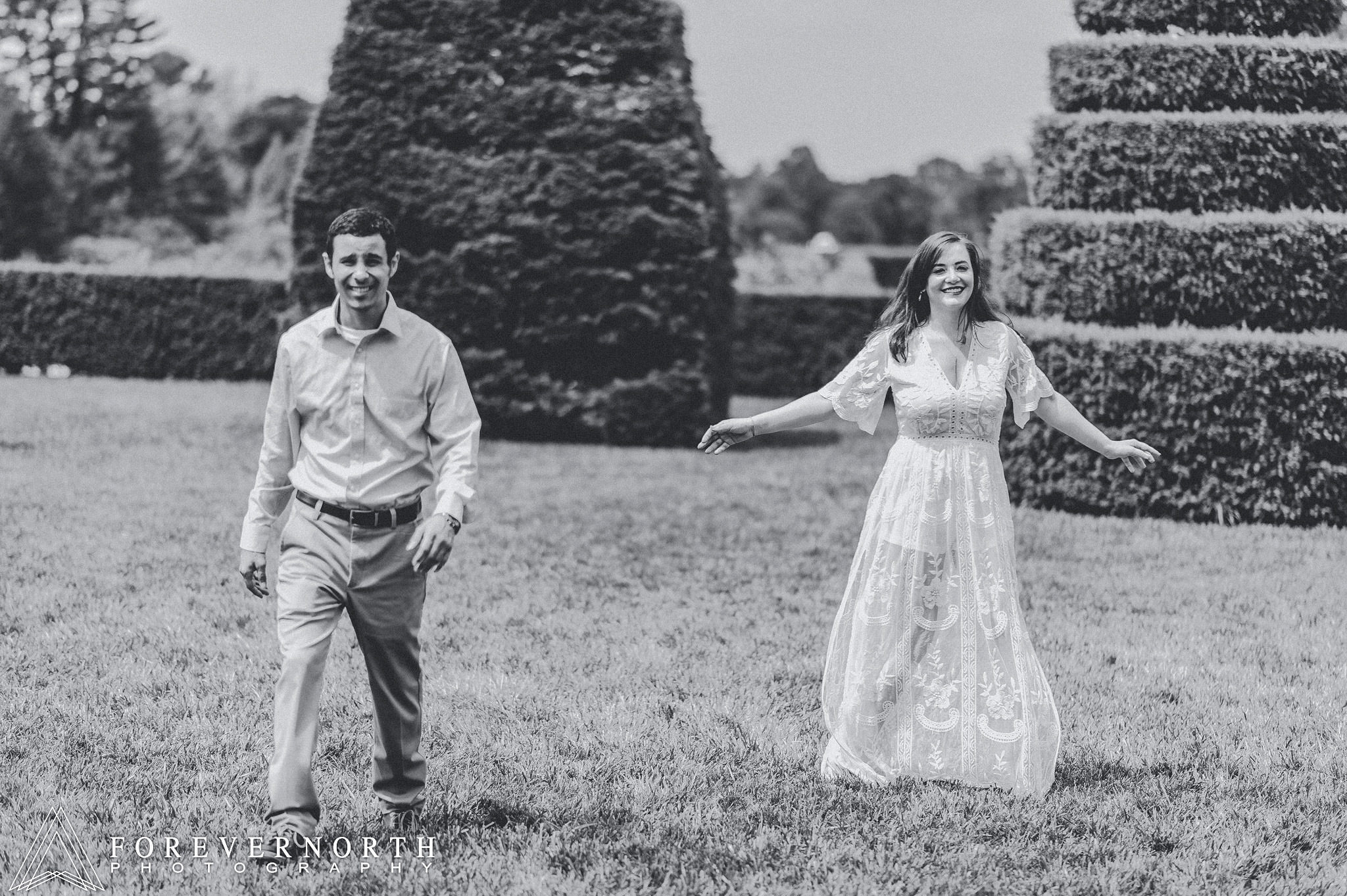 Longwood-Gardens-Engagement-Photos-07.JPG