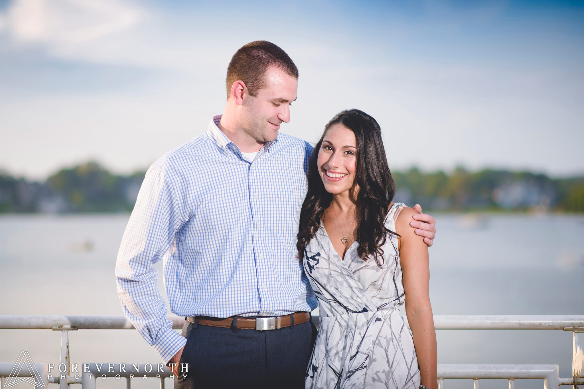 Rob-Joni-Riverside-Gardens-Park-Engagement-Photos-03.JPG
