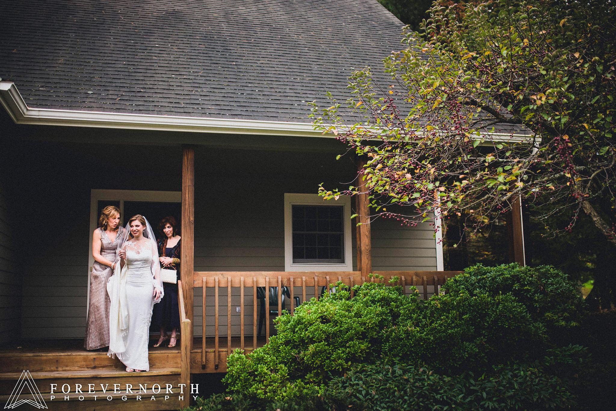 Gonzalez-Woodloch-Resort-Wedding-Photographer-25.JPG