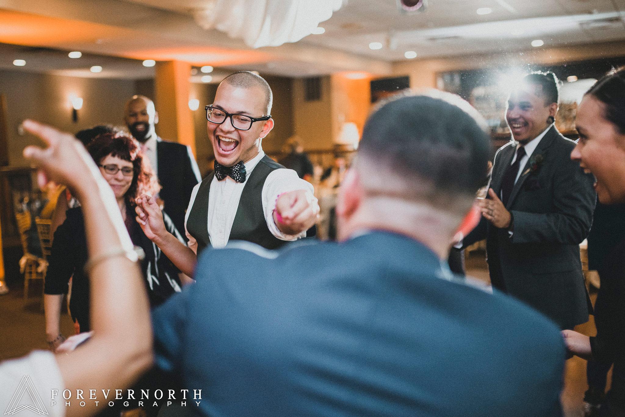 Gonzalez-Woodloch-Resort-Wedding-Photographer-28.JPG