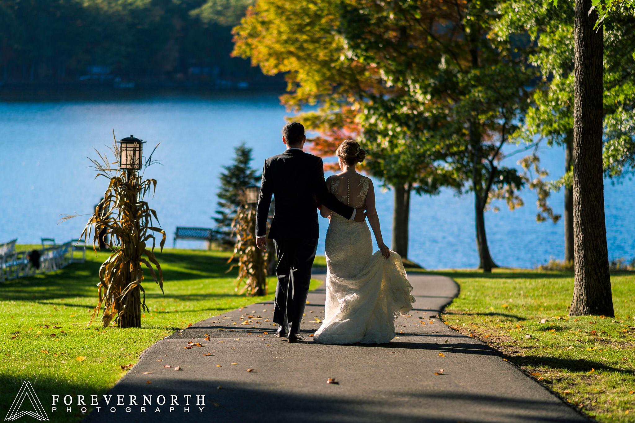 Gonzalez-Woodloch-Resort-Wedding-Photographer-29.JPG