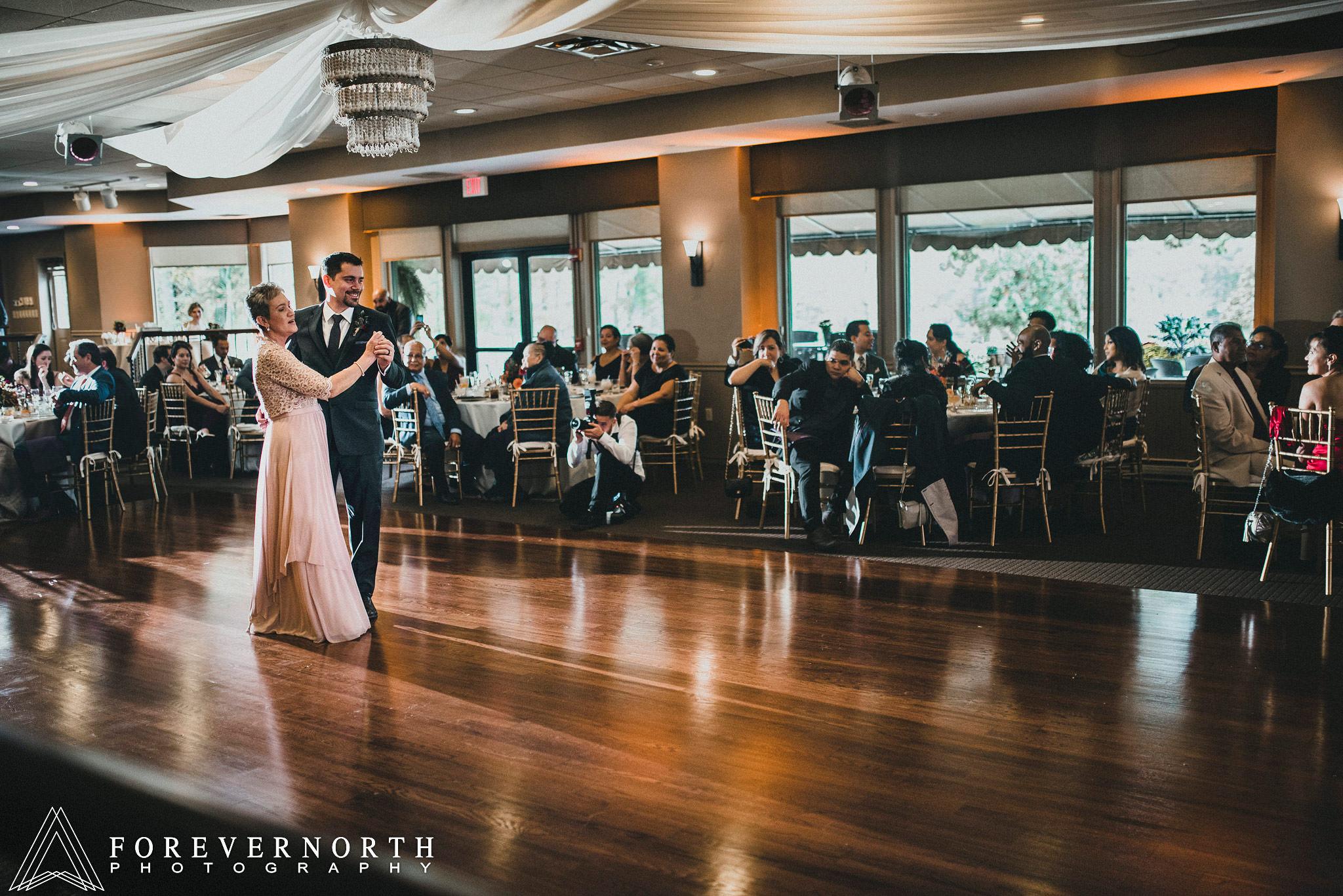 Gonzalez-Woodloch-Resort-Wedding-Photographer-24.JPG
