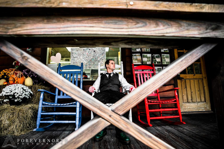 Mckeegan-Destination-Wedding-Photographer-North-Carolina-Asheville-Battery-Park-Book-Exchange-09.JPG