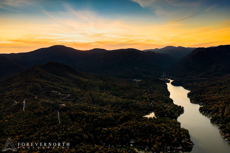 Mckeegan-Destination-Wedding-Photographer-North-Carolina-Asheville-Battery-Park-Book-Exchange-11.JPG