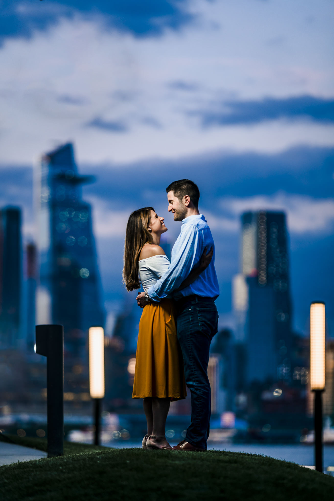 Flanagan-Pier-Hoboken-Engagement-Photos-NYC-Photographer-11.JPG
