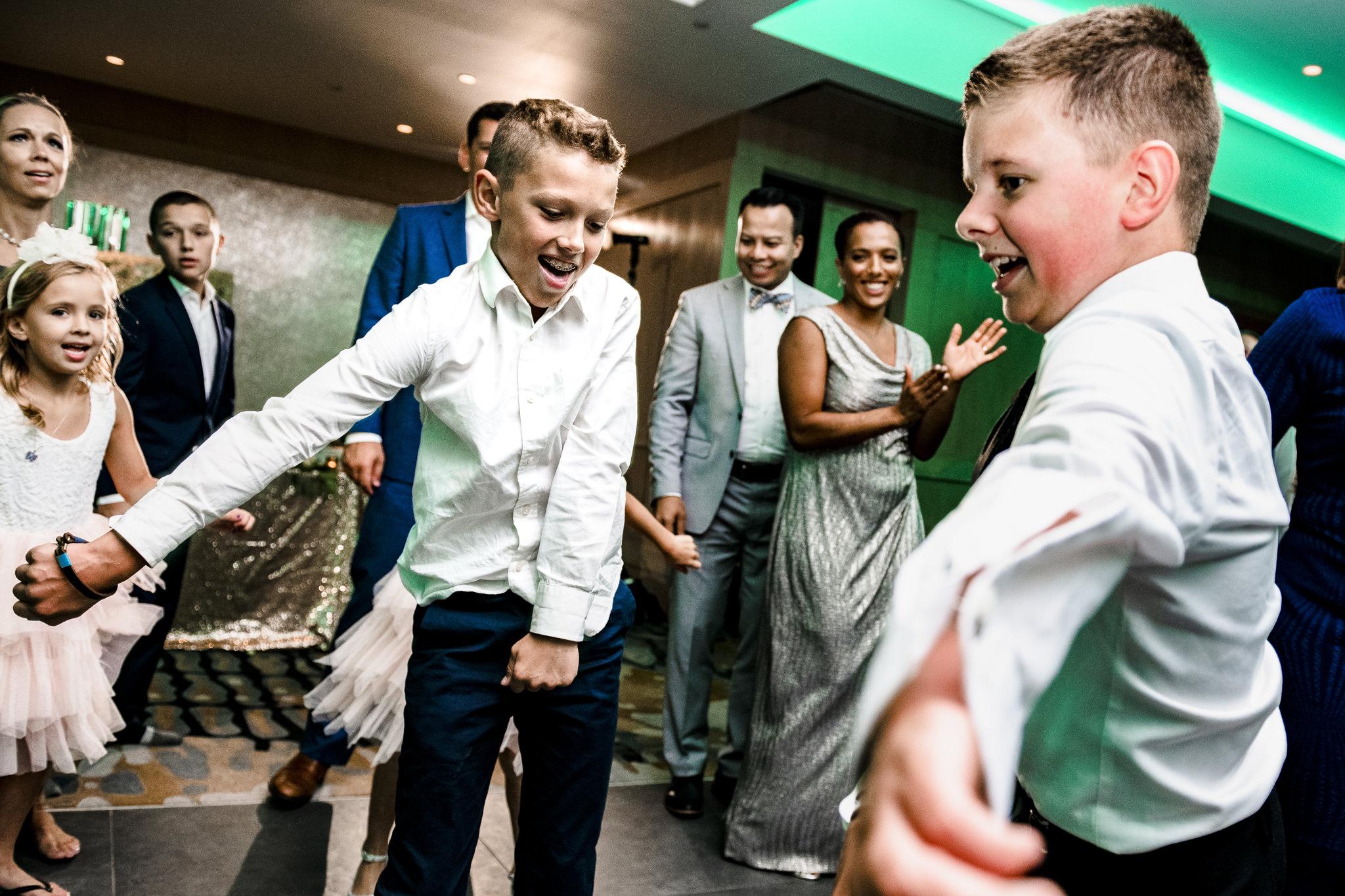 Culos-Sheraton-Eatontown-Long-Branch-Wedding-Photographer-25.JPG