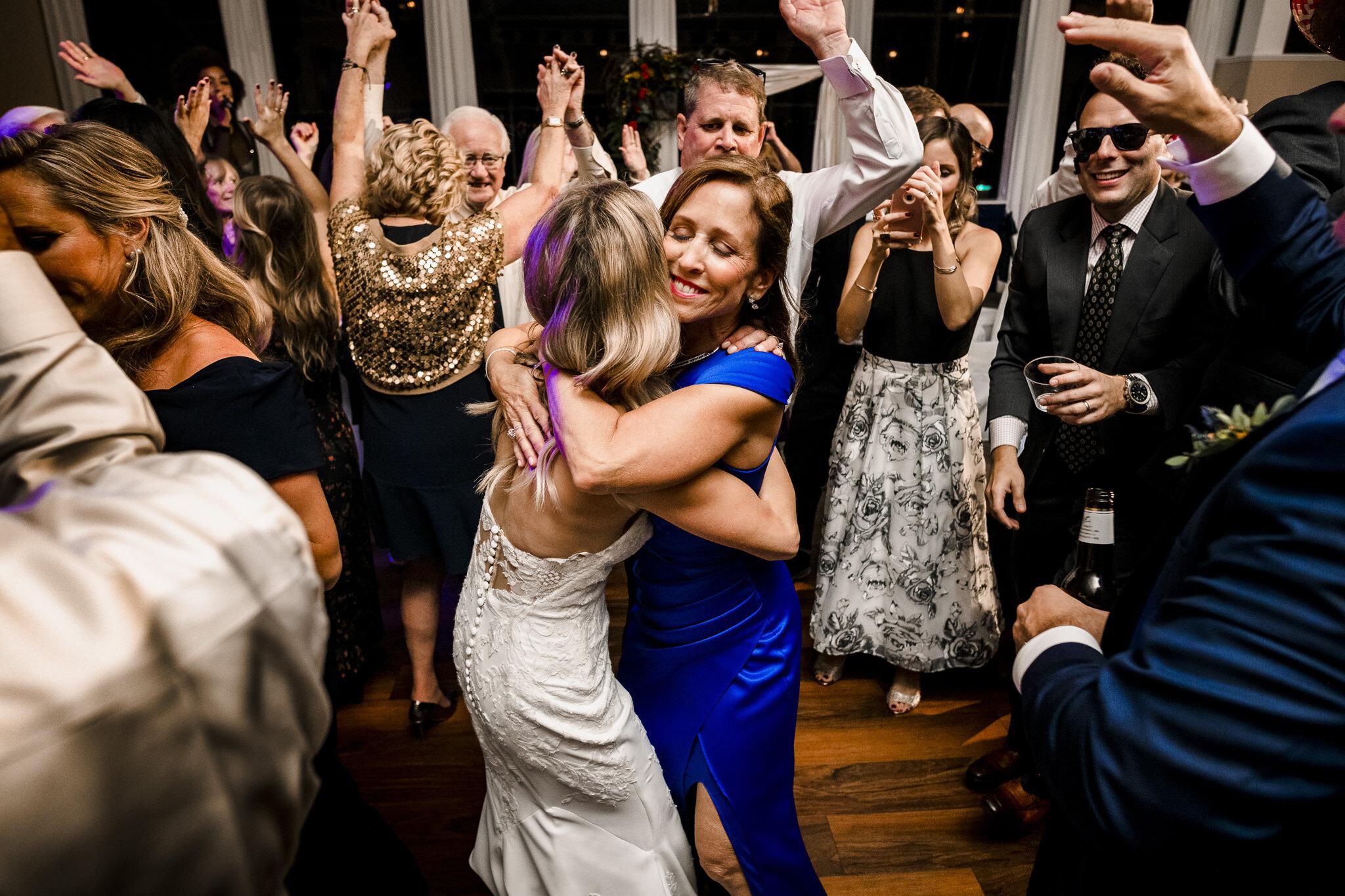 Snell-Ocean-City-Yacht-Club-New-Jersey-Wedding-Photographer-48.JPG