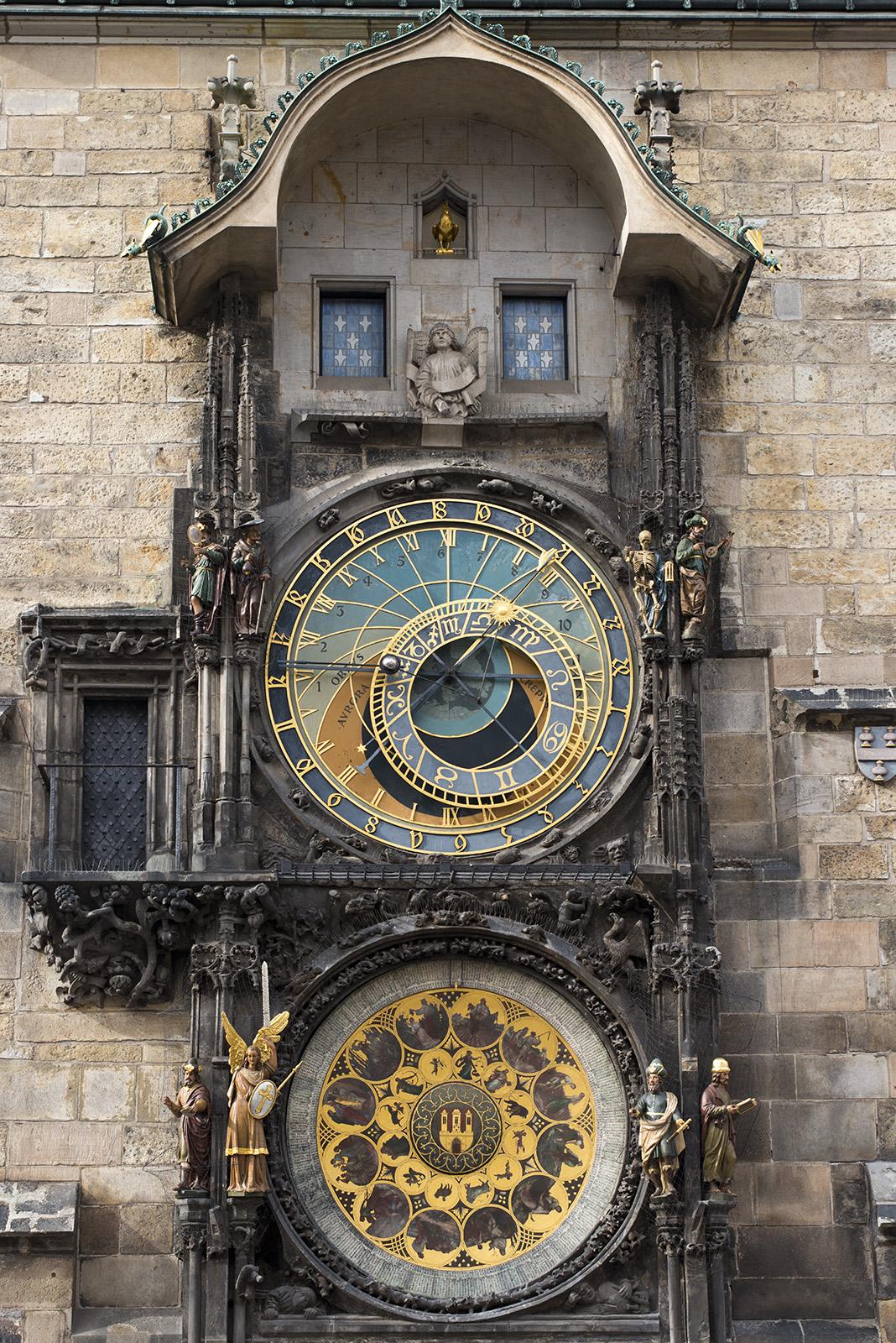 Astronomical_Clock_(8341899828).jpg