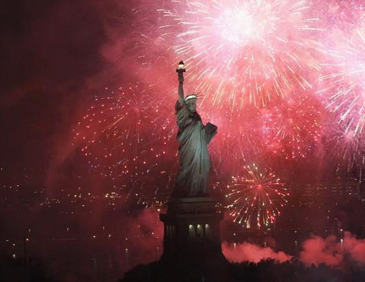 gty_liberty_8_fireworks_kb_ss_130703_ssh.jpg