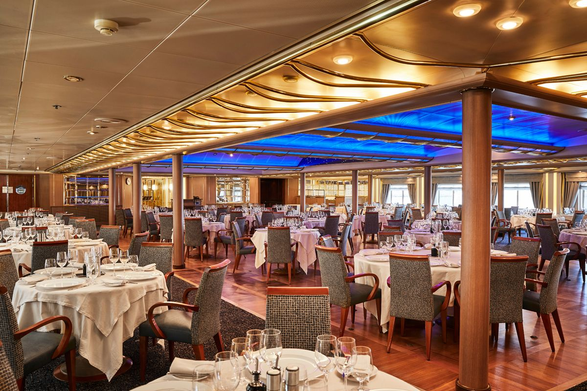 silversea-ship-silver-cloud-dining-the-restaurant-3.jpg