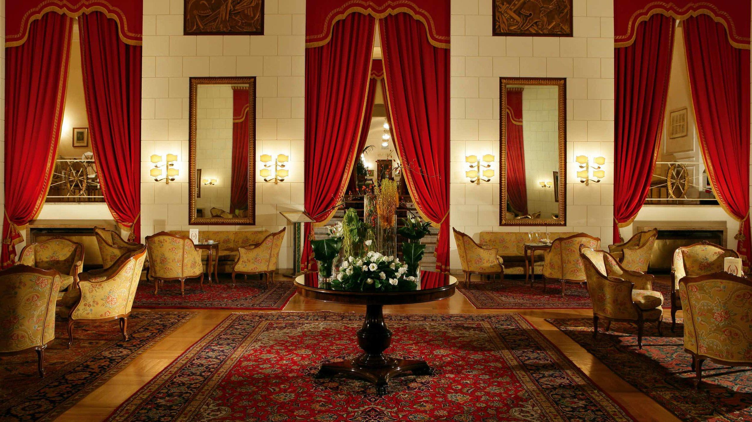 Hotel-Quirinale-Roma-hall.jpg