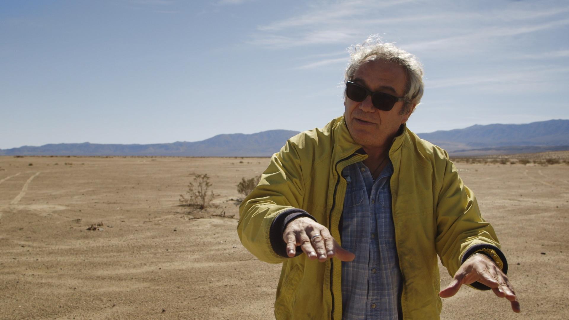 Present Day Mike Watt of Minutemen explains things that happened in the desert