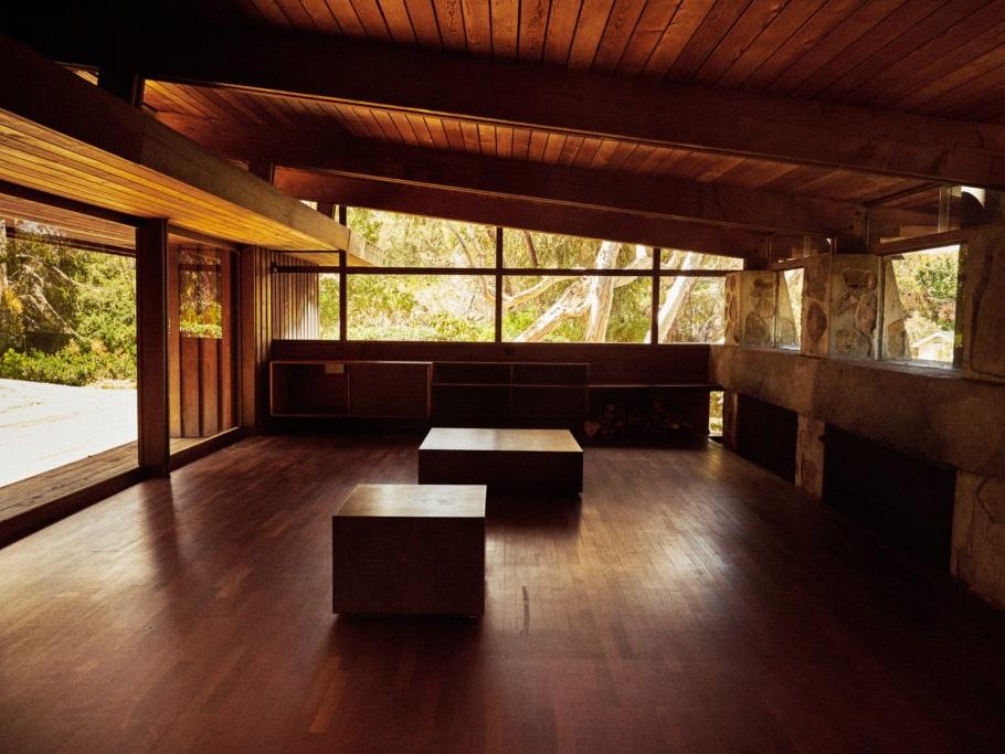 Jules Wilson Design Studio in     California Home + Design  . Photos by Jay Drose.