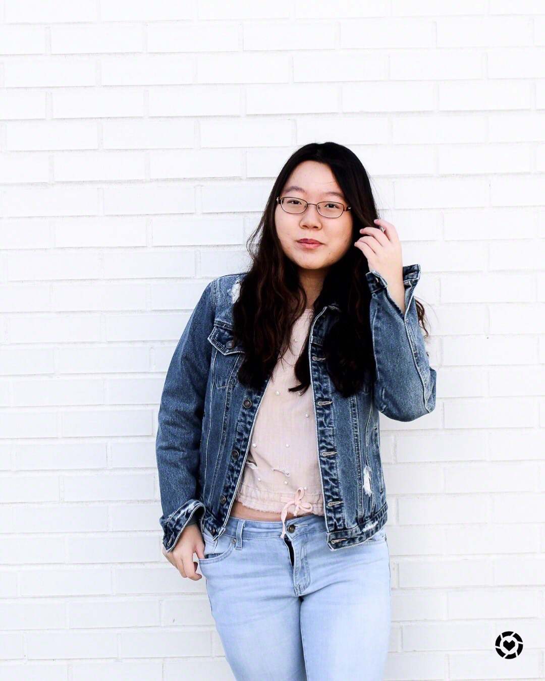 Borrowing Co-Op's white walls, this image is  LiketoKnow.It enabled   Pic creds Amber Hsu