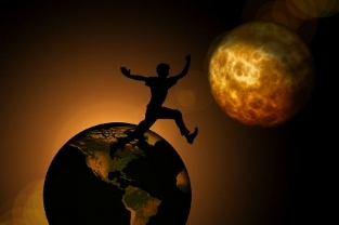 earth-2129001__480.jpg