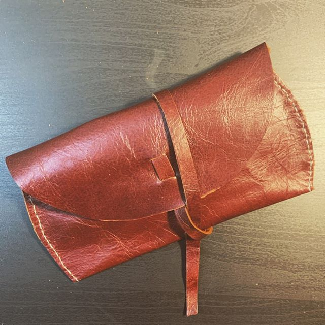 This adorable sunglasses case was a fun project, and not bad for my first attempt at sewing leather by hand!  #sunglasses #leather #diy #diycrafts #isew #millennialsewing #msmakes