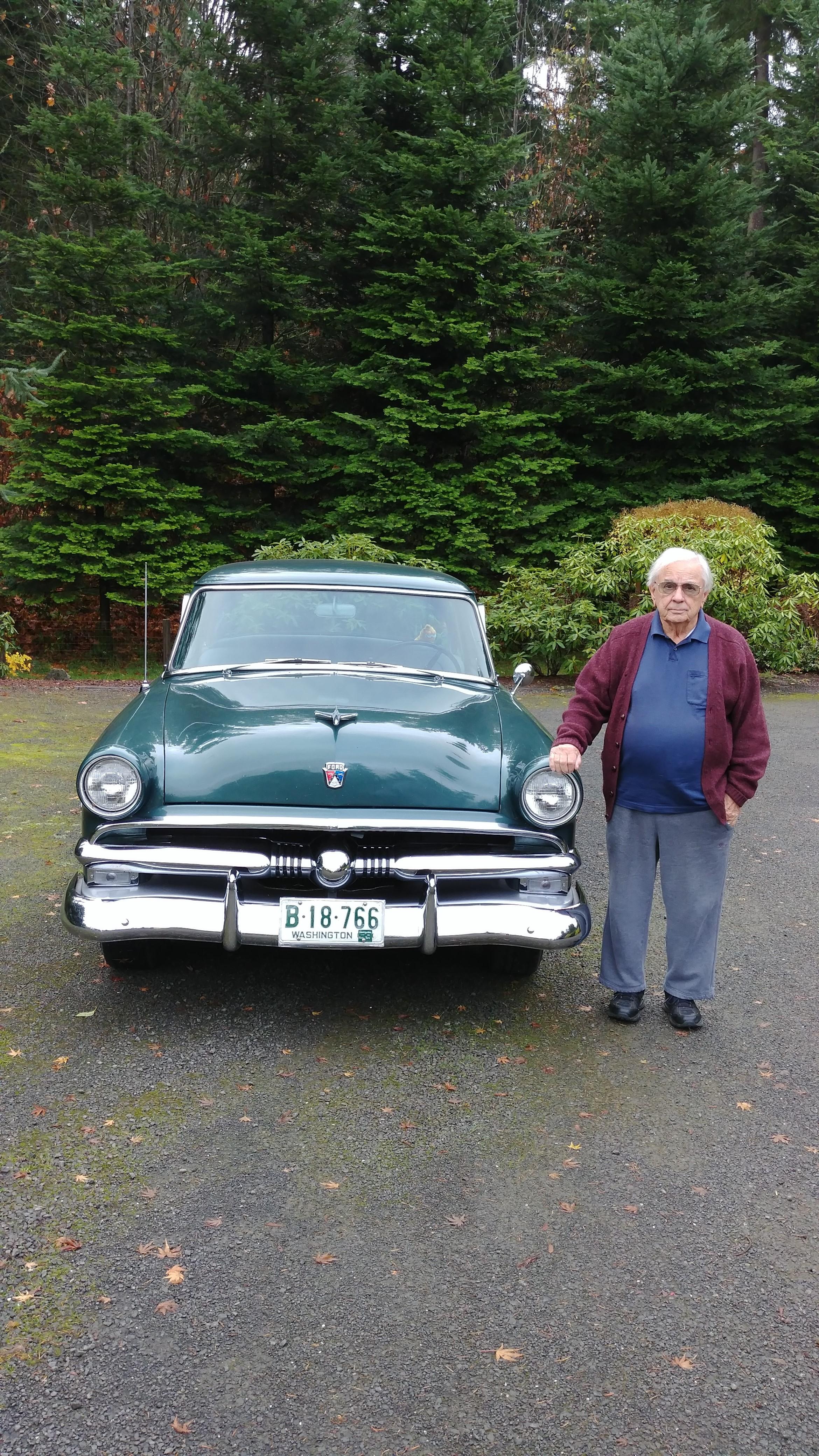 1953 Ford.jpg