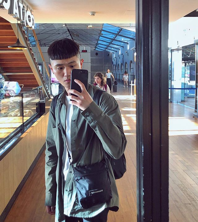 頭髮不抓感覺就是傻到不行🤪😌💁🏻‍♂️ . . . #france #paris #ootd #asian #taiwanese #taiwanboy #cos #thisisneverthat #parisfrance #boy #biztrip #eurostar