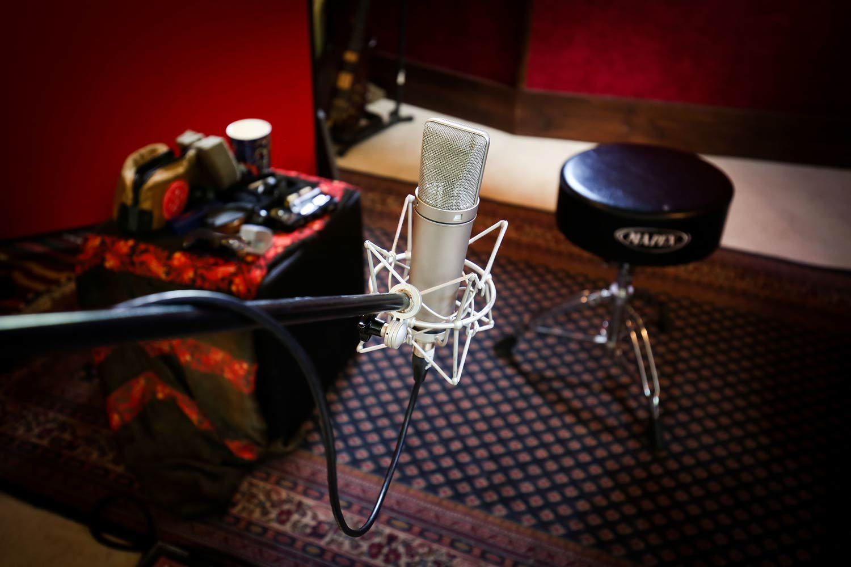 red-moon-studios-gear-12.jpg