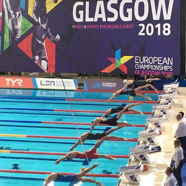 Vi vill gratulera till alla starka insatser från det svenska simlandslaget under EM i simning i Glasgow där vår egen Gustav Nilsson var med och stöttade det medicinska teamet!